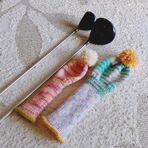 毛糸のヘッドカバー